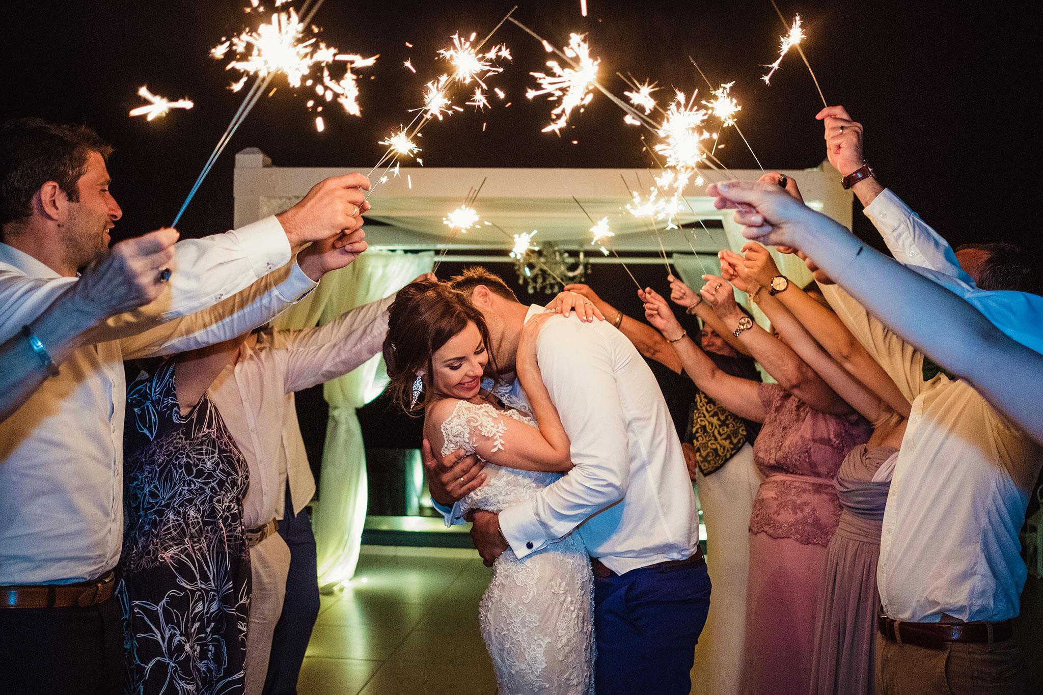 sztuczne ognie na weselu